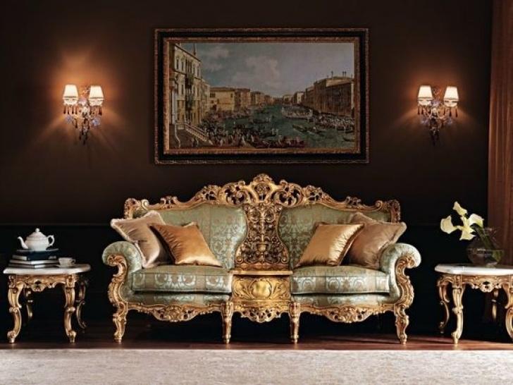 Barock Möbel Bilden Ein Prachtvolles Ambiente Klassische Wohnmöbel Bild